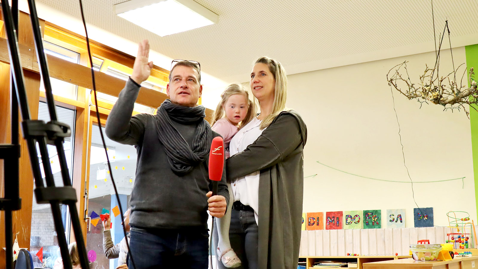 Filstalwelle berichtet über die Spendenübergabe im Kindergarten Arche Noah